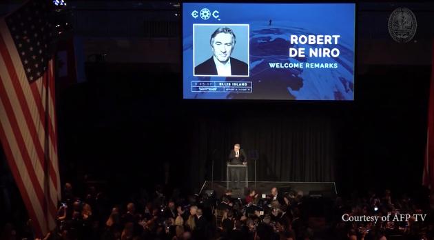 De Niro Speaker